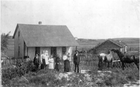 photo of Hungarian family in Esterhaz-Kaposvar, 1902